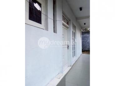 Two Storied House For Rent in Pannipitiya