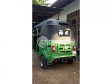 2 stok bajaj three wheeler for sale