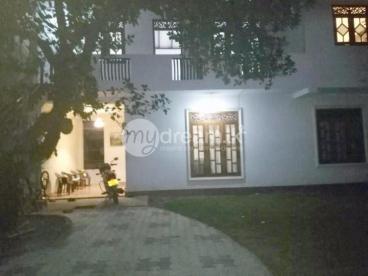 Upstair For Rent in Piliyadala, Mahayayawatte