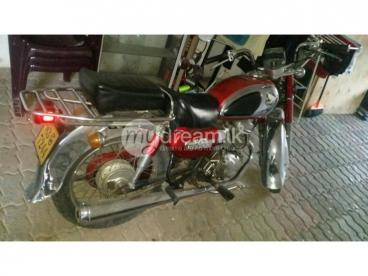 For Sale CD 200 Road Master  Motor bike