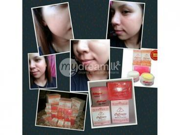 Collagen day, knight creams, soap and toner 4 in 1 set. Rs.5000.00