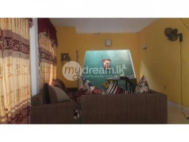 House In Ragama Delpe