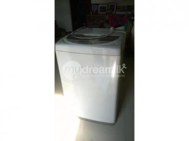 Used LG Fuzzy Logic Washing Machine for Quick Sale