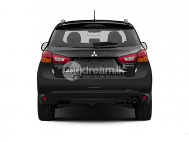 Mitsubishi Outlander for Round Tour
