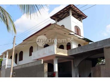 Three Storied House for Sale at Bandarawatta, Kadawatha.