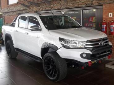 Toyota Hilux 2.8GD-6 Double Cab Raider 2017