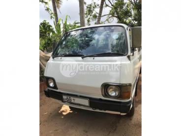 Toyota LH30V Van 1985