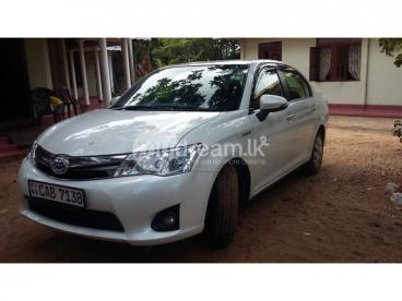 toyota axio hybrid 2014 for sale