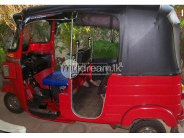 Bajaj Red Colour 4 Stroke Three Wheeler For Sale . 2008 1st owner, Km 35000. Home Used.