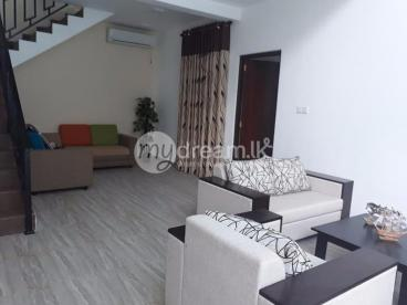 GRAND LUXURY HOUSE FOR SALE IN KANDY
