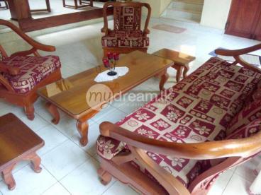 Unique, Attractive Sofa Set for Sale