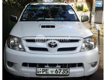 TOYOTA HI LUX FOR SALE
