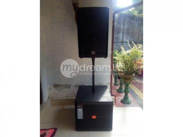 JBL 18' 2600 W PEAK BASS BIN PAIR AND AV 15' 1400 W PEAK SINGLE TOP PAIR