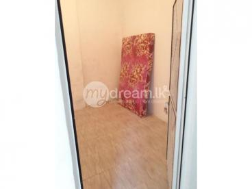 Rooms for rent at Rajagiriya
