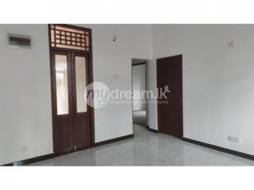 Brand New Upstair House for Rent in Wathupitiwala