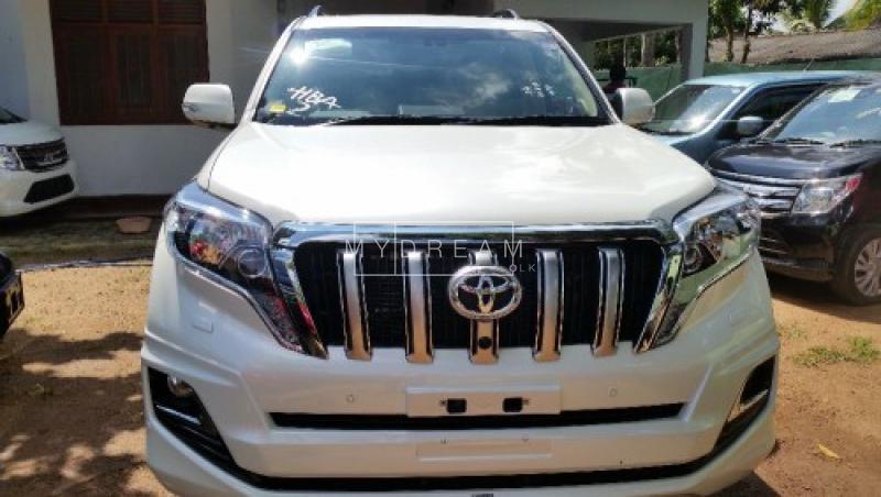 Cars Amp Suvs Toyota Land Cruiser Prado 2015 Pannipitiya